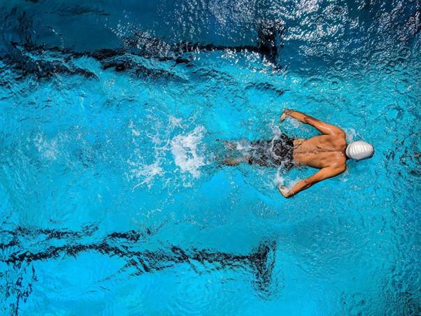 Jak si vybrat správné plavky?